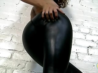 Horny Hot Girl In Black Spandex Shiny Tight Leggings
